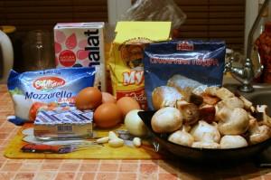 Продукты для блинов с начинкой из грибов и моцареллы